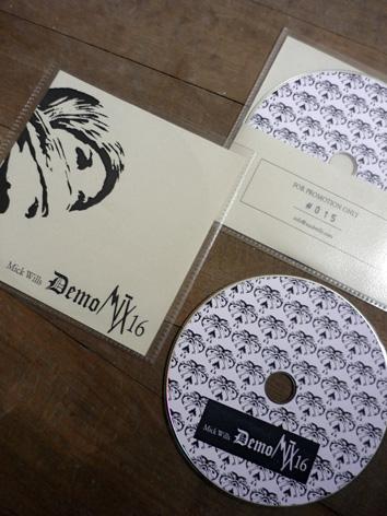 http://www.mickwills.com/MWDemoMixCD16.JPG