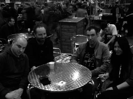 http://www.mickwills.com/Pics/Utrecht0407.jpg